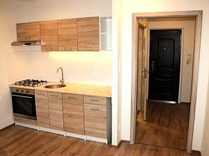 1 izbový byt, Handlová, MC, 38 m2, OV, nová rekonštrukcia - 1-izbové byty na predaj - Handlová