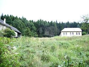 Rodinný dom Handlová na predaj, Horný koniec, pozemok 3800 m2 - Komerčné priestory, kancelárie, garáže na predaj