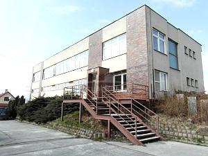 Kancelárske priestory Zemianske Kostoľany, na prenájom,257 m2 - Nehnuteľnosti - Zemianske Kostoľany